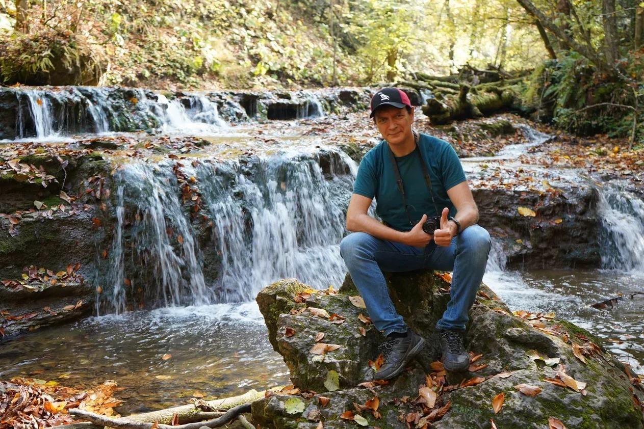 Еще водопады в ущеле